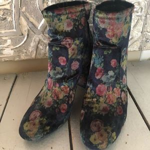Abound boots - navy floral stretch velvet ankle